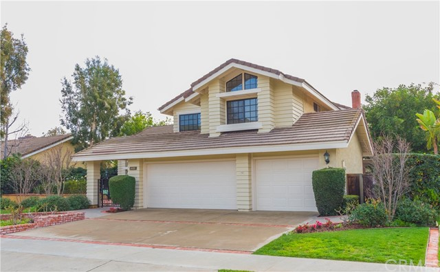 Single Family Home for Sale at 6436 Yosemite Avenue E Orange, California 92867 United States