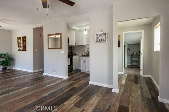 1025 BEAUMONT Avenue, Beaumont CA: http://media.crmls.org/medias/947c04ec-b6f7-4d16-809e-ca4dd5a8dd2d.jpg