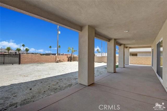 13062 Caliente Drive, Desert Hot Springs CA: http://media.crmls.org/medias/94845fb1-9398-4dc7-9155-51d524323c44.jpg
