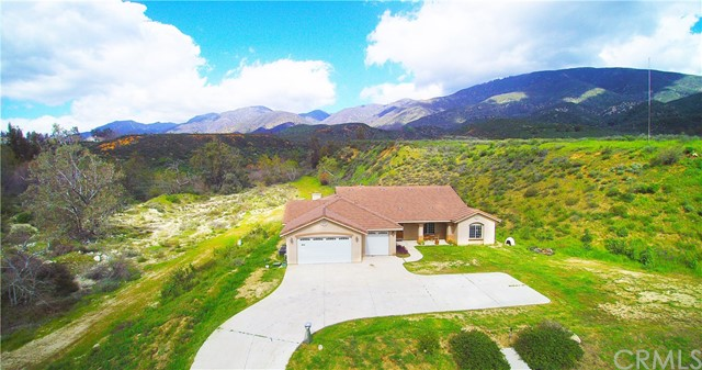 Single Family Home for Sale at 19876 Ohio Street San Bernardino, California 92407 United States