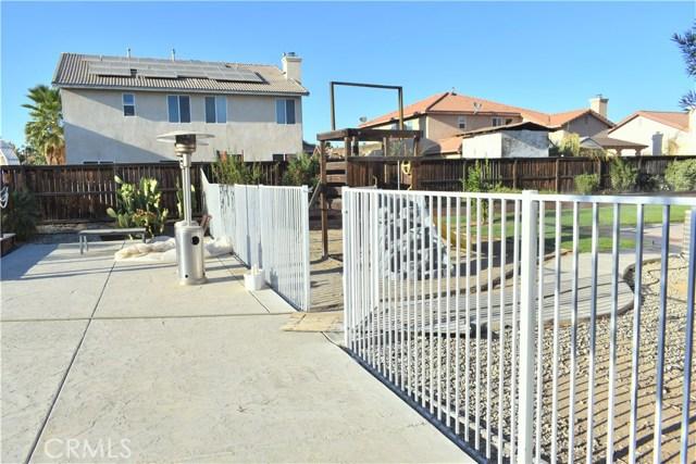 25624 Motte Circle, Romoland CA: http://media.crmls.org/medias/948b550f-5ae3-4793-8d27-aa9d5acc6163.jpg