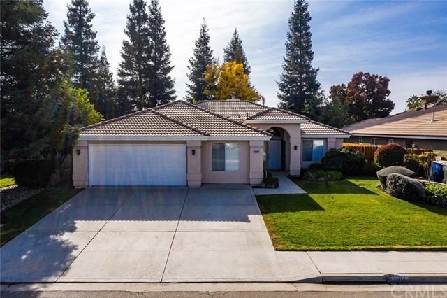 Detail Gallery Image 1 of 42 For 3164 Sultana Dr, Madera, CA 93637 - 4 Beds   2 Baths