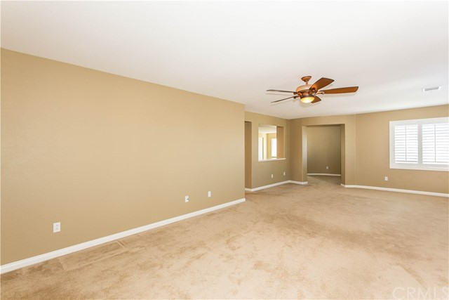 11526 Rivers Bend Drive, Beaumont CA: http://media.crmls.org/medias/94a0a795-4f02-44c2-be36-05e47371501e.jpg