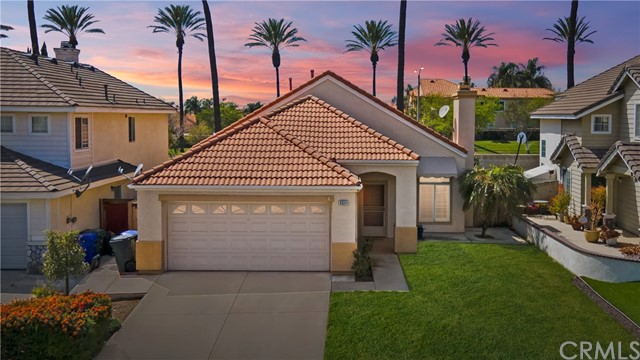 Detail Gallery Image 1 of 32 For 8034 San Tropez Ct, Fontana,  CA 92336 - 3 Beds | 2 Baths