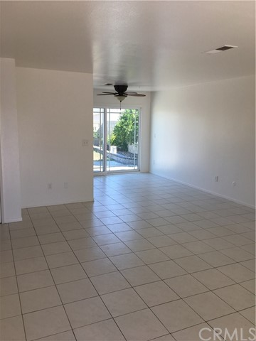 1561 238th Street, Harbor City CA: http://media.crmls.org/medias/94ac552e-6ee4-456d-8824-2094fc2b8bb7.jpg