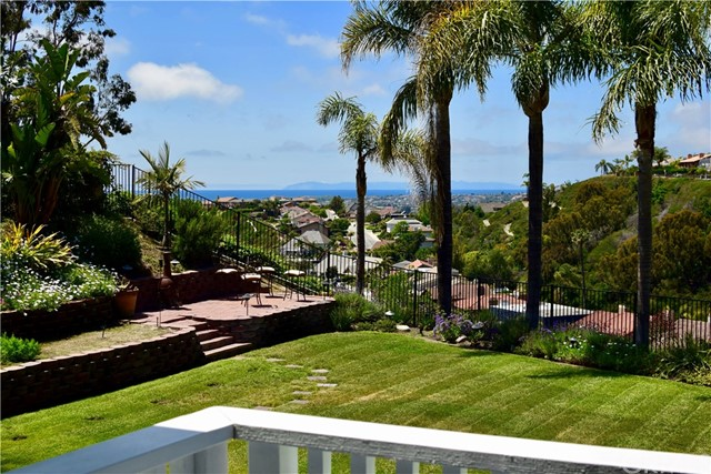 Single Family Home for Sale at 33541 Calle Miramar San Juan Capistrano, California 92675 United States