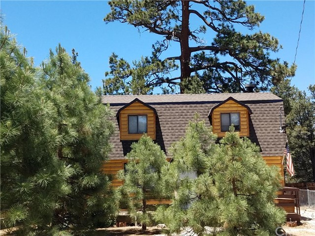 Single Family Home for Sale at 168 sunset Lane Big Bear City, California 92314 United States