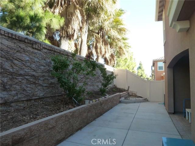 14460 runyon Drive, Eastvale CA: http://media.crmls.org/medias/94dc2797-b131-48a1-92dc-b93ba0fc1ff0.jpg