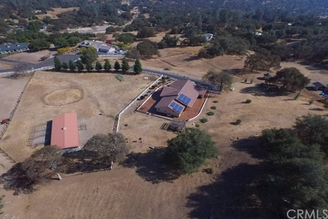 Single Family Home for Sale at 31174 Cutting Horse Lane Coarsegold, California 93614 United States