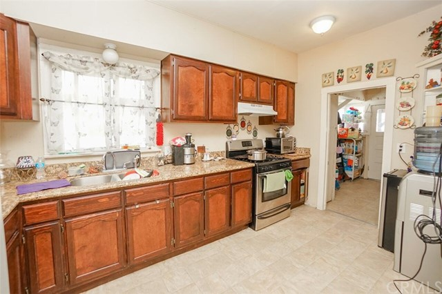 1333 E 58th Drive Los Angeles, CA 90001 - MLS #: DW17162335