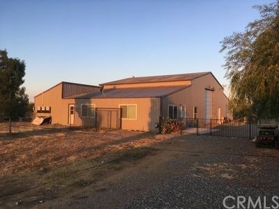 Single Family Home for Sale at 24085 Orangewood Road Corning, California 96021 United States