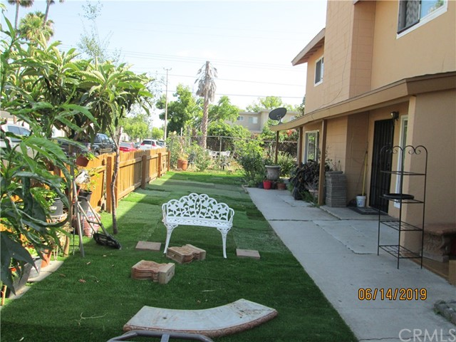 1914 E Adams Avenue, Orange CA: http://media.crmls.org/medias/9501192d-cba6-4cae-9dd6-7c014f4339cf.jpg
