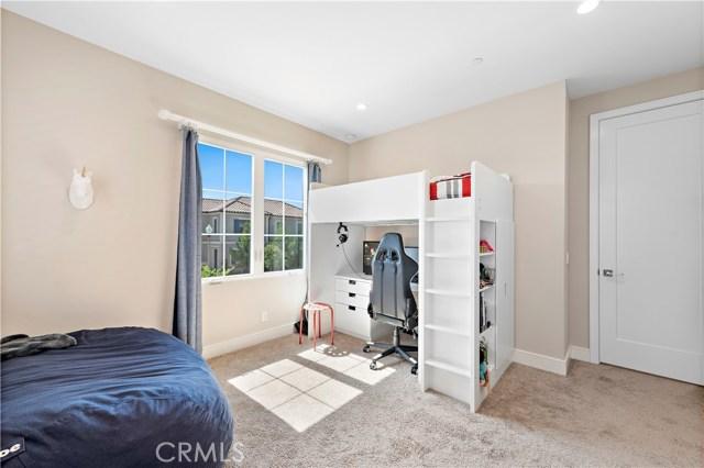 190 Villa Ridge, Irvine CA: http://media.crmls.org/medias/950c9cef-3dad-407f-a36e-0fb08a9cfc70.jpg