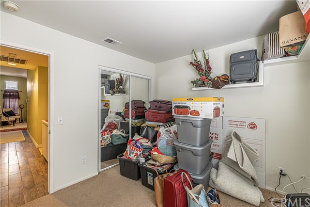1863 W Avenue H8, Lancaster CA: http://media.crmls.org/medias/950dc225-aa1f-4e3a-b9c0-276dfc5faf9a.jpg