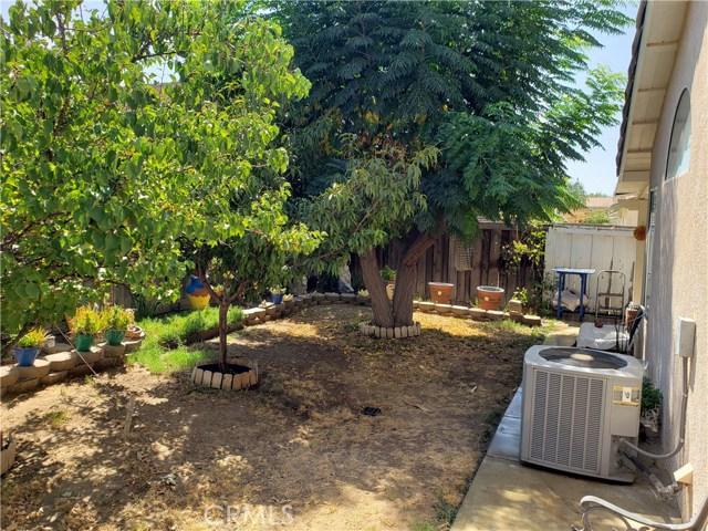 2125 Alfalfadale Road, Perris CA: http://media.crmls.org/medias/9516a6a2-bfca-4bf0-ba3e-be11888cb36d.jpg