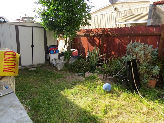 320 N Park Vista St, Anaheim, CA 92806 Photo 21