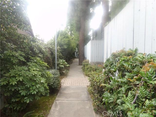 15113 Saticoy Street, Van Nuys CA: http://media.crmls.org/medias/95259e62-fbcb-421d-8f95-8d8ac8b80a7b.jpg