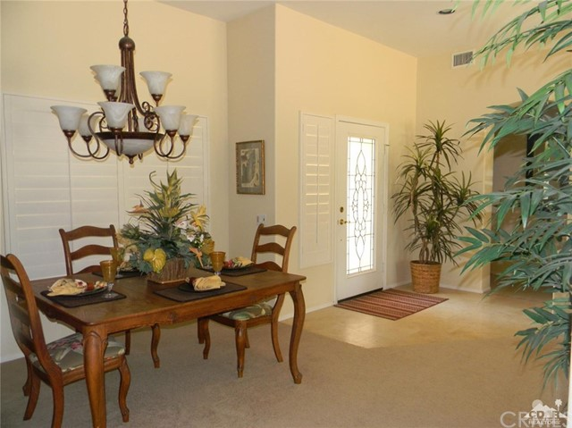 78260 Willowrich Drive, Palm Desert CA: http://media.crmls.org/medias/9527ea5c-e75c-4783-9eb3-d8666e4ca3bd.jpg