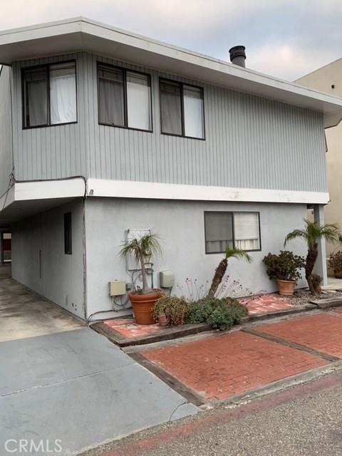 1086 Loma Dr, Hermosa Beach, CA 90254