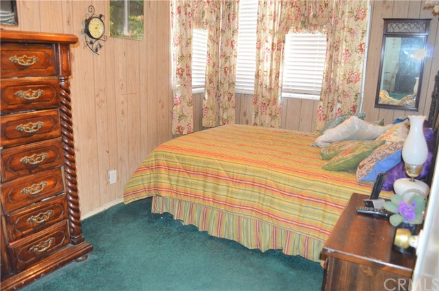 6428 Bonnie Vale Avenue, Pico Rivera CA: http://media.crmls.org/medias/9543af07-478b-49b4-9187-14102b93d5fa.jpg