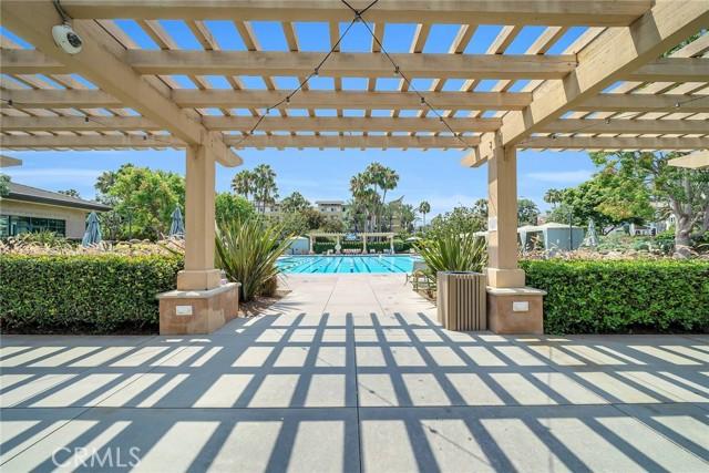 6400 Crescent Park E, Playa Vista CA: http://media.crmls.org/medias/954a609d-85cb-4d84-8ce4-a895513fff00.jpg