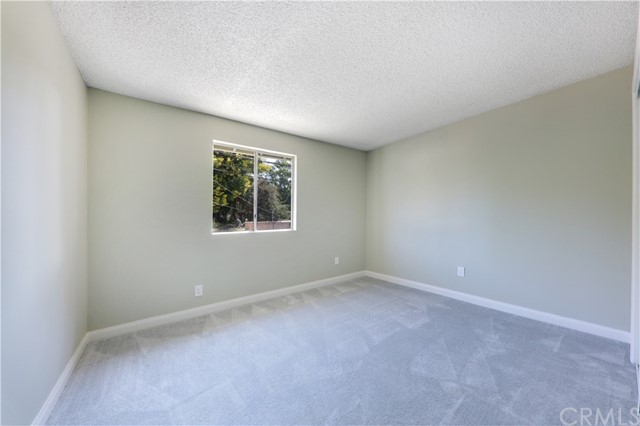 7954 Washington Avenue, Whittier CA: http://media.crmls.org/medias/954f2b1c-de1c-41dd-809e-9991a4c9ffcc.jpg