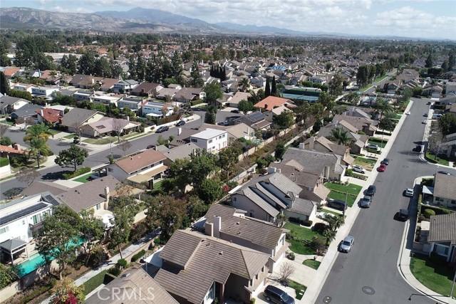 22 Phillipsburg, Irvine CA: http://media.crmls.org/medias/9551a110-35cc-4bda-a0f7-c5228be1f48b.jpg