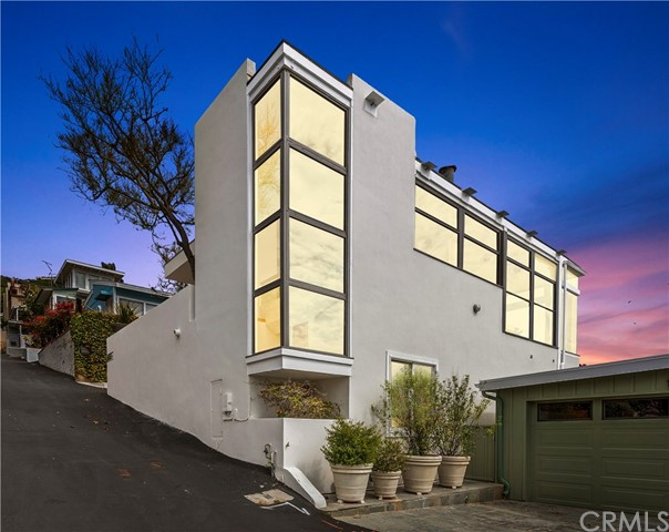 Photo of 32033 Point Place, Laguna Beach, CA 92651