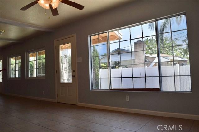 26316 Investors Place, Hemet CA: http://media.crmls.org/medias/9560876b-eedd-4269-a423-a4c8d353277c.jpg