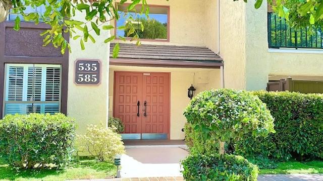 585 W Duarte Road, Arcadia CA: http://media.crmls.org/medias/9560924c-7080-490a-93f6-63b3c9f35b5e.jpg