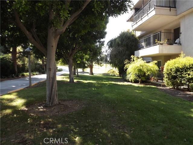 2385 Via Mariposa 1G Laguna Woods, CA 92637 is listed for sale as MLS Listing LG17209882
