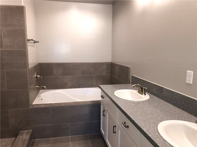 799 Bracken Lane, Nipomo CA: http://media.crmls.org/medias/9562b994-8547-4441-83b3-391180463552.jpg