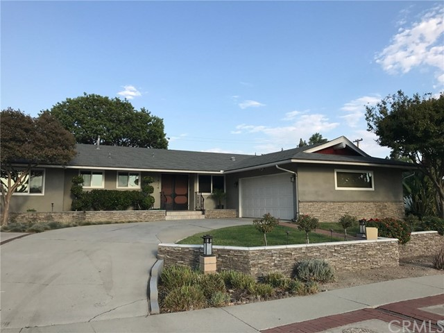 1424 Turning Bend Drive, Claremont, CA 91711