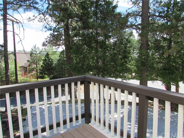 27816 Matterhorn Lake Arrowhead, CA 92352 - MLS #: EV17115999