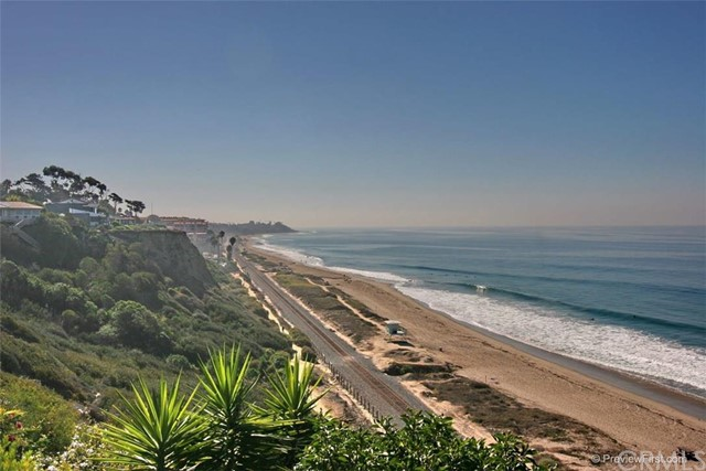 2929 Via San Jacinto San Clemente, CA 92672 is listed for sale as MLS Listing OC16118182