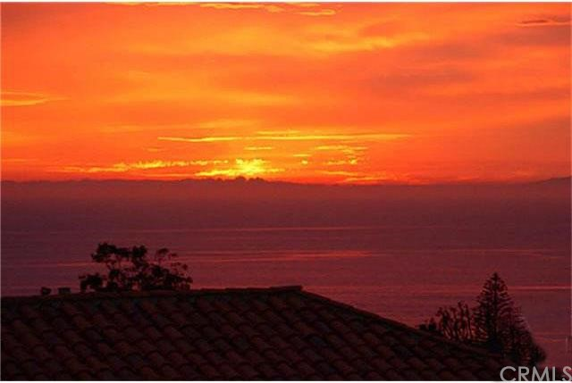 Single Family Home for Sale at 22862 Via Genoa St Dana Point, California 92629 United States
