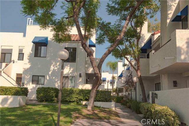 143 Park Shadow Court, Baldwin Park CA: http://media.crmls.org/medias/95759d32-5cf8-4c77-a0ca-71982c55a533.jpg