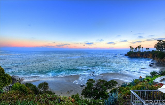 Single Family Home for Sale at 951 Cliff Drive Laguna Beach, California 92651 United States