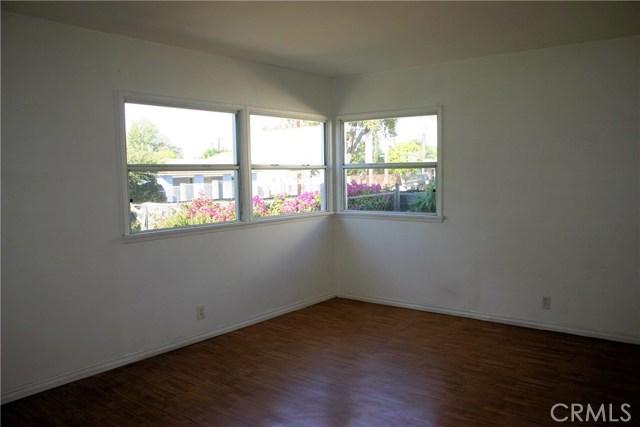 15808 Victoria Avenue, La Puente CA: http://media.crmls.org/medias/9583d85a-5e0e-4f8e-85bf-9152567d2035.jpg