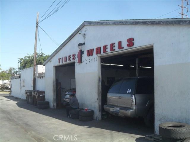 3625 W First Street, Santa Ana CA: http://media.crmls.org/medias/958d7f7a-8b18-49d6-bfee-930b730bd970.jpg