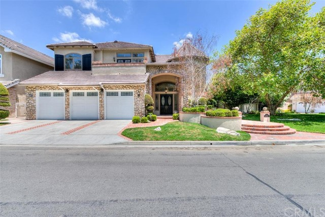 Single Family Home for Sale at 36 Indian Pipe St Rancho Santa Margarita, California 92679 United States