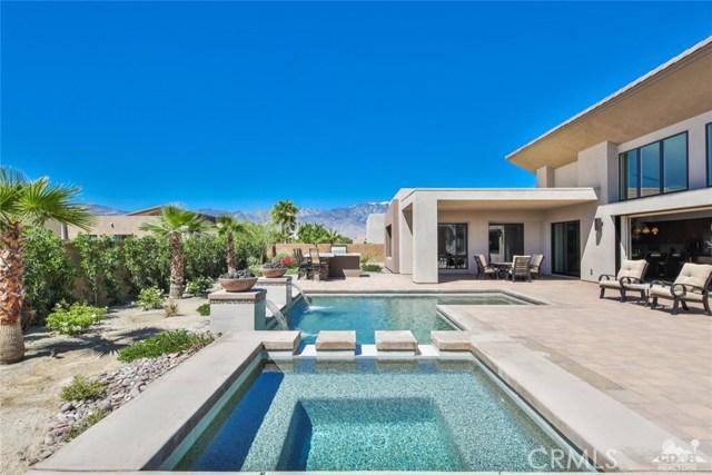 35 Via Noela, Rancho Mirage CA: http://media.crmls.org/medias/959a7742-f38b-4574-b48a-47fa75321c8f.jpg