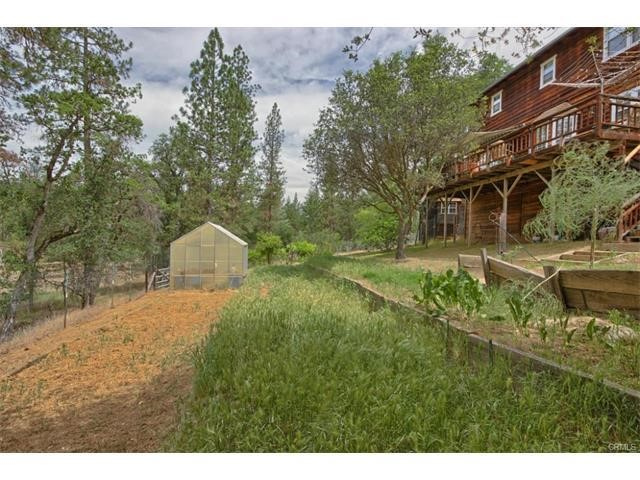 Single Family Home for Sale at 33480 Klettes Pride Way North Fork, California 93643 United States