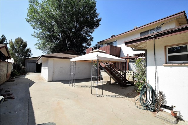 7354 Garden Street, Riverside CA: http://media.crmls.org/medias/95a99a1e-2eca-41c3-aa01-57ecef1a4077.jpg