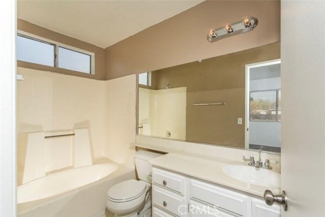 7065 Loma Vista Avenue Hesperia, CA 92345 - MLS #: PW17276280