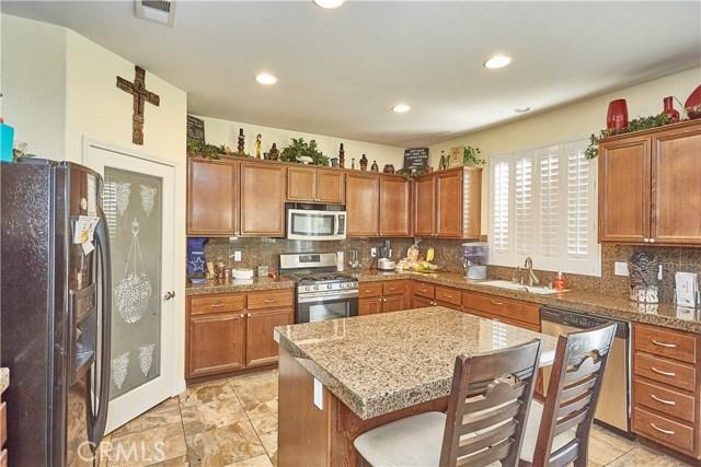 14955 Corlita Street, Victorville CA: http://media.crmls.org/medias/95b1ec65-240b-4567-bab9-a45f2d99b569.jpg