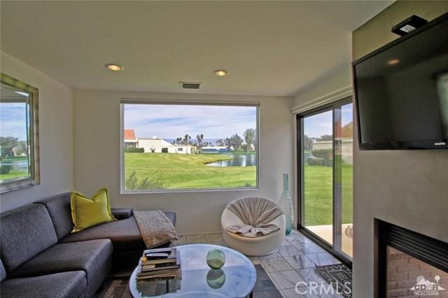 34868 Mission Hills Drive, Rancho Mirage CA: http://media.crmls.org/medias/95ba6380-d059-4e25-b524-cda0a75fb1b1.jpg