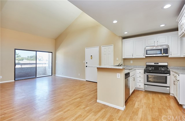 25035 Peachland Avenue Unit 273, Newhall CA 91321