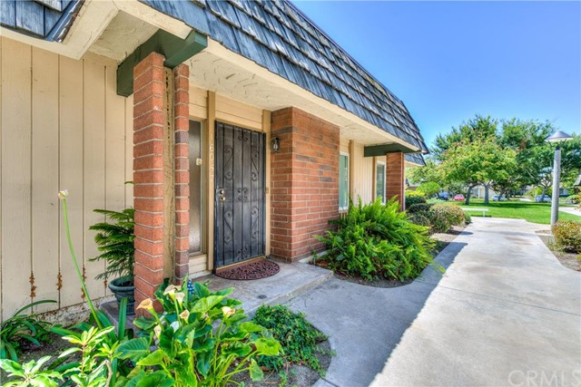 Townhouse for Sale at 16057 Mount Pico St Fountain Valley, California 92708 United States
