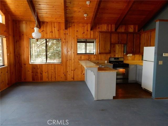 31240 Oak Leaf Drive Running Springs Area, CA 92382 - MLS #: JT17171902